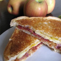 Grilled Bacon Apple Sandwich Recipe