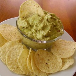 Creamy Guacamole with Garlic