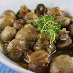 Baked Mushrooms with Thyme and White Wine Recipe