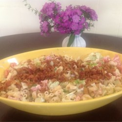 Bacon, Lettuce, and Tomato Macaroni Salad Recipe