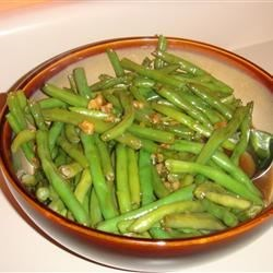 Caramelized Green Beans with Walnuts Recipe