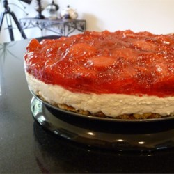 Judy's Strawberry Pretzel Salad photo by elinor3 - Allrecipes.com ...
