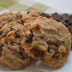 Flour-Free Peanut Butter Chocolate Chunk Cookie