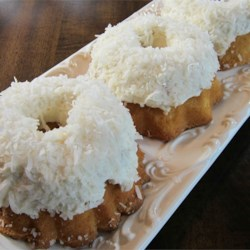 Aunt Connie's Coconut Cake Recipe