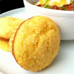 Easy, Sweet Cornbread Muffins Recipe