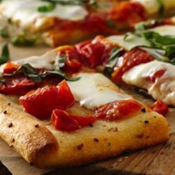 Garlic Butter Crusted Margherita Pizza Recipe