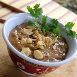 The Best Thai Peanut Sauce