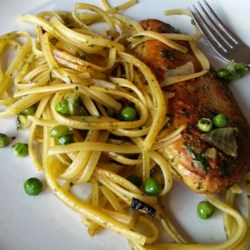 Broth Pesto with Pasta, Peas, and Chicken Recipe