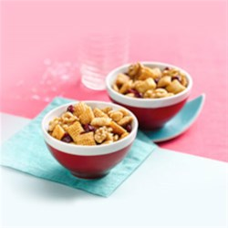 Chex(R) Apple Cinnamon Sweet Walnut Snack Mix Recipe