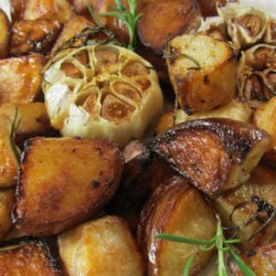 Rosemary Potatoes with Roasted Heads of Garlic Recipe
