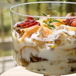 Fresh Peach Trifle Recipe