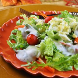 Homestyle Garlic Ranch Dressing Recipe