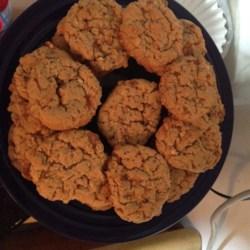 Kathy's Peanut Butterfinger(R) Oatmeal Cookies Recipe