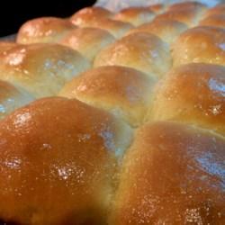 http://allrecipes.com/personalrecipe/62945294/grandma-ritas-soft-butter-rolls/detail.aspx