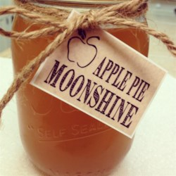 Grandma's Apple Pie 'Ala Mode' Moonshine