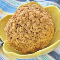 Kristen's Awesome Oatmeal Cookies Recipe