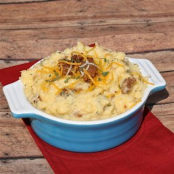 Cheesy Mashed Potatoes with Cubed Ham Recipe