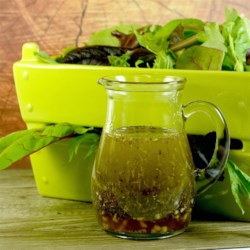 Jacolyn's Herbed Vinaigrette Recipe