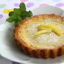 Sweet and Simple Lemon Tart Recipe