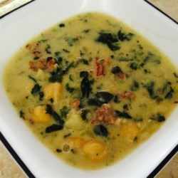Garlic, Spinach, and Chickpea Soup