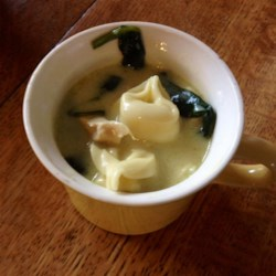 Easy and Quick Chicken Tortellini Soup Recipe