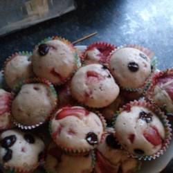 Valentine's Day Strawberry Muffins |