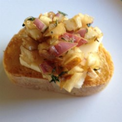 Pear and Prosciutto Bruschetta