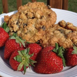 Oatmeal-Walnut-Raisin Chewies Recipe