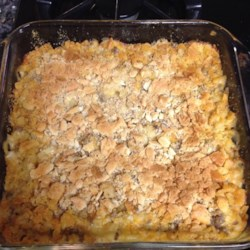 Cheesy Macaroni and Hamburger Casserole