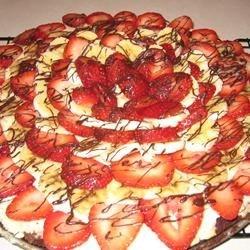 Banana-Berry Brownie Pizza