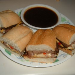 Beef and Roasted Red Pepper Sandwiches Recipe
