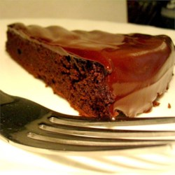 flourless chocolate cake with hard chocolate glaze