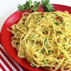 Thin Spaghetti with Garlic, Red Pepper and Olive Oil
