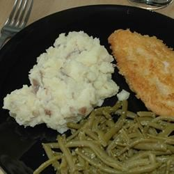 served with garlic green beans and chicken breaded in parmesan... yummy