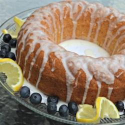 Quick and Easy Summer Limoncello Cake Recipe