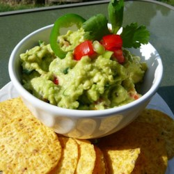 Chunky Paleo Guacamole Recipe
