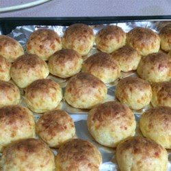 Brazilian Cheese Rolls (Pao de Queijo) Recipe