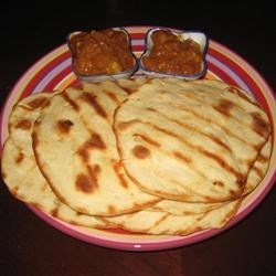 Naan w/ Curry Dip