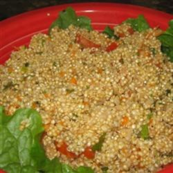 Tabbouleh Salad with Quinoa and Shredded Carrots