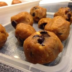Paleo No-Bake Chickpea Cookie Dough Recipe
