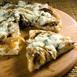 Caramelized Onion and Gorgonzola Pizza Recipe
