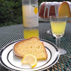 Quick and Easy Summer Limoncello Cake Recipe