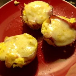 Bacon-and-Egg Muffins Recipe