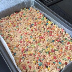 Funfetti(R) Cake Batter Rice Krispies(R) Treats Recipe