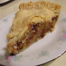 Photo of Aunt Bev's Famous Apple Pie by Lori