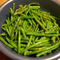 Easy Garlic Green Beans Recipe