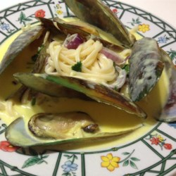 Mussels in Curry Cream Sauce Recipe