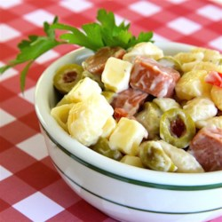 Cold Macaroni Salad with Hot Dogs