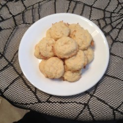 Easy Sweet Coconut Cookies Recipe