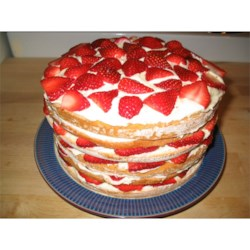 Strawberry Dream Cake I revised